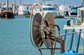 Wheel to hoist net fishing — Stock Photo