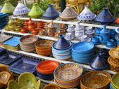 Colorful pottery in the Eastern market in Tunisia. Beautiful pai — Stock Photo
