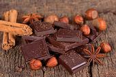 Kawałki gorzkiej czekolady — Zdjęcie stockowe