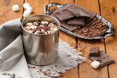 Hot chocolate with marshmallows in a tin mug — Foto de Stock