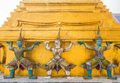 Guardians in Wat Phra Keaw — Stock Photo