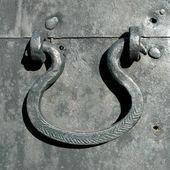 Old door handle — Stock Photo