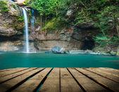 Haew Su thad waterfall with tunnel at Khao Yai national park, Thailand — Stock Photo