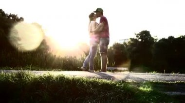 Love kiss by young couple — Stock Video