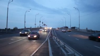 Dusk highway road city traffic — Stock Video