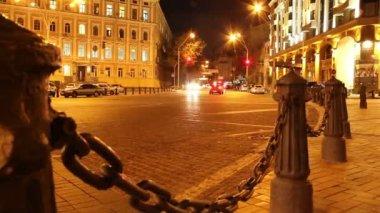 Evening city street — Stockvideo