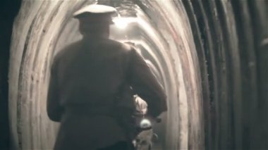 Soldiers and nurses in underground pillbox tunnel — Stock Video