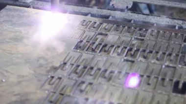 Plasma laser cutting process — Stock Video