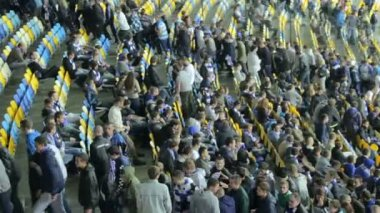 Football fans leave arena after match — Stock Video