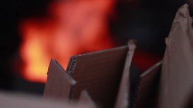 Poor people warming fire — Stock Video