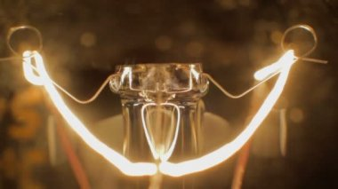 Blackout bulb extreme close up — Vídeo Stock