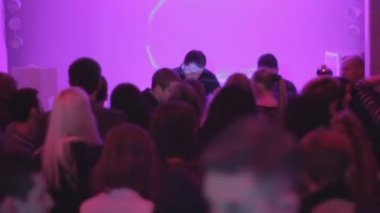 Crowd enjoying party — Stock Video