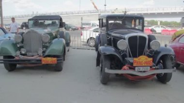 Vintage cars exhibition — Stock Video