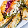 Roasted green mussel with cheese — Stock Photo #37850773