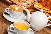 Cup of tea and coffee — Stock Photo