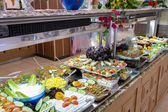 Buffet breakfast in residential complex in Side — Stock Photo
