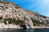 De hoge rots door de zee 2 — Stockfoto