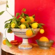 Lemons and oranges — Stock Photo