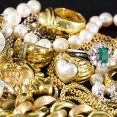 Золотые драгоценности — Стоковое фото