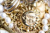 Gouden sieraden — Stockfoto