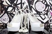 Zapatos blancos — Foto de Stock