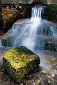 Kleine waterval in sussex — Stockfoto