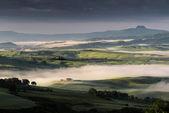 "Sunrise over Val d""Orcia — Zdjęcie stockowe"