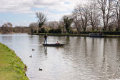 Punting on the River Isis — Stock Photo