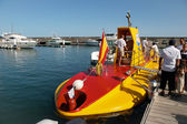 Yellow submarine operating out of Puerto del Carmen for the tour — Stock Photo