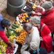 Bustling fruit and vegetable market in Funchal — Stock Photo #40286373