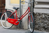 Red bicycle — Stock Photo