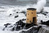 Tropik fırtına savoy hotel funchal madeira gerekçesiyle gözcü kulesinde isabet — Stok fotoğraf