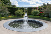 Water feature in Alnwick Castle gardens — Stock Photo