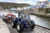 Launching the lifeboat at Staithes — Stockfoto