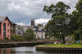 View from the River Dart to Totnes Church — Stock Photo