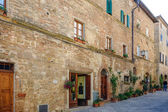 Buildings in Pienza town — Stock Photo