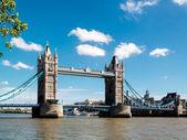 Tower bridge — Stockfoto