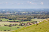 People waking  over the rolling Sussex countryside near Brighton — Stock Photo