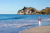 A summer evening at Hahei beach in New Zealand — Foto de Stock