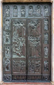 Door to Sienna Cathedral — Stock Photo