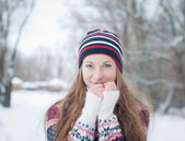 Outdoor fashion portrait of pretty young girl in winter — Stock Photo
