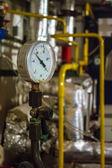 Medidor de gás de tubulação de caldeira — Fotografia Stock