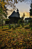 Chapel cemetery in autumn leaves — Stock Photo