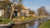Historic wooden house Belt Schutsloo Giethoorn — Stock Photo