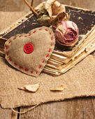 Valentine decorations with heart — Zdjęcie stockowe