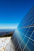 Solar cells on the top of the mountain — Stockfoto
