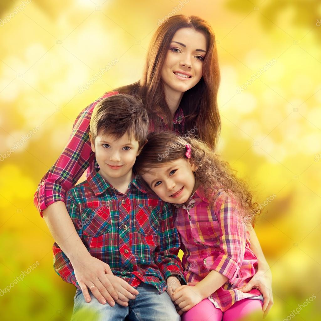 Смотреть фото мать сын и дочь 31 фотография