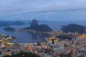 Rio de janeiro uitzicht op de Suikerbrood na zonsondergang, Brazilië — Stockfoto