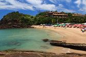 Piccola spiaggia tranquilla ferradurinha a buzios, brasile — Foto Stock