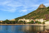 Beach of Urca view of Sugarloaf, Rio de Janeiro — Stock Photo